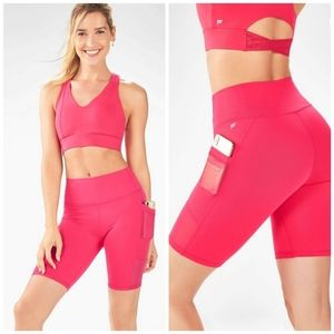 Fabletics 2-Piece Pocket Shorts Outfit